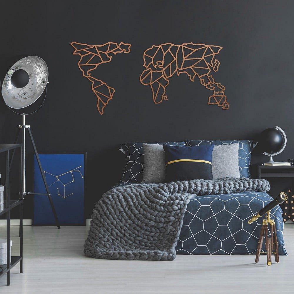 Kovová nástěnná dekorace v měděné barvě Geometric World Map, 150 x 80 cm