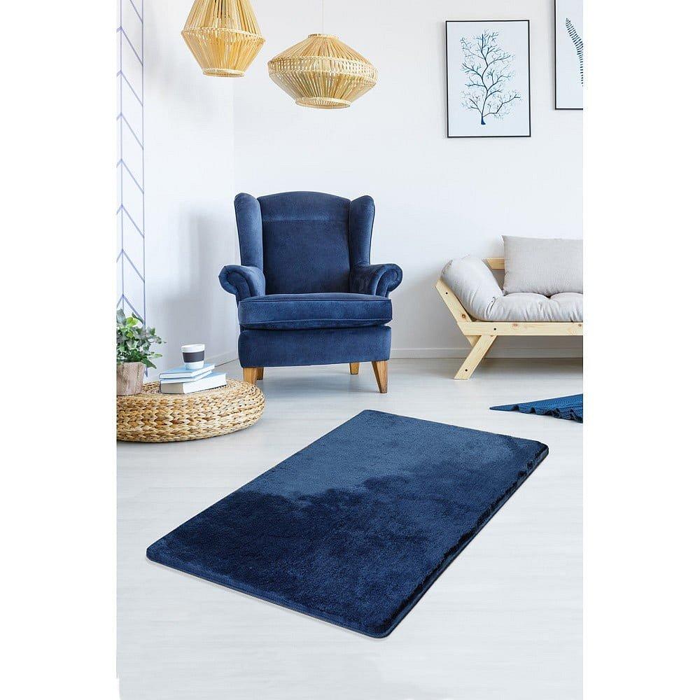 Tmavě modrý koberec Milano, 120x70cm
