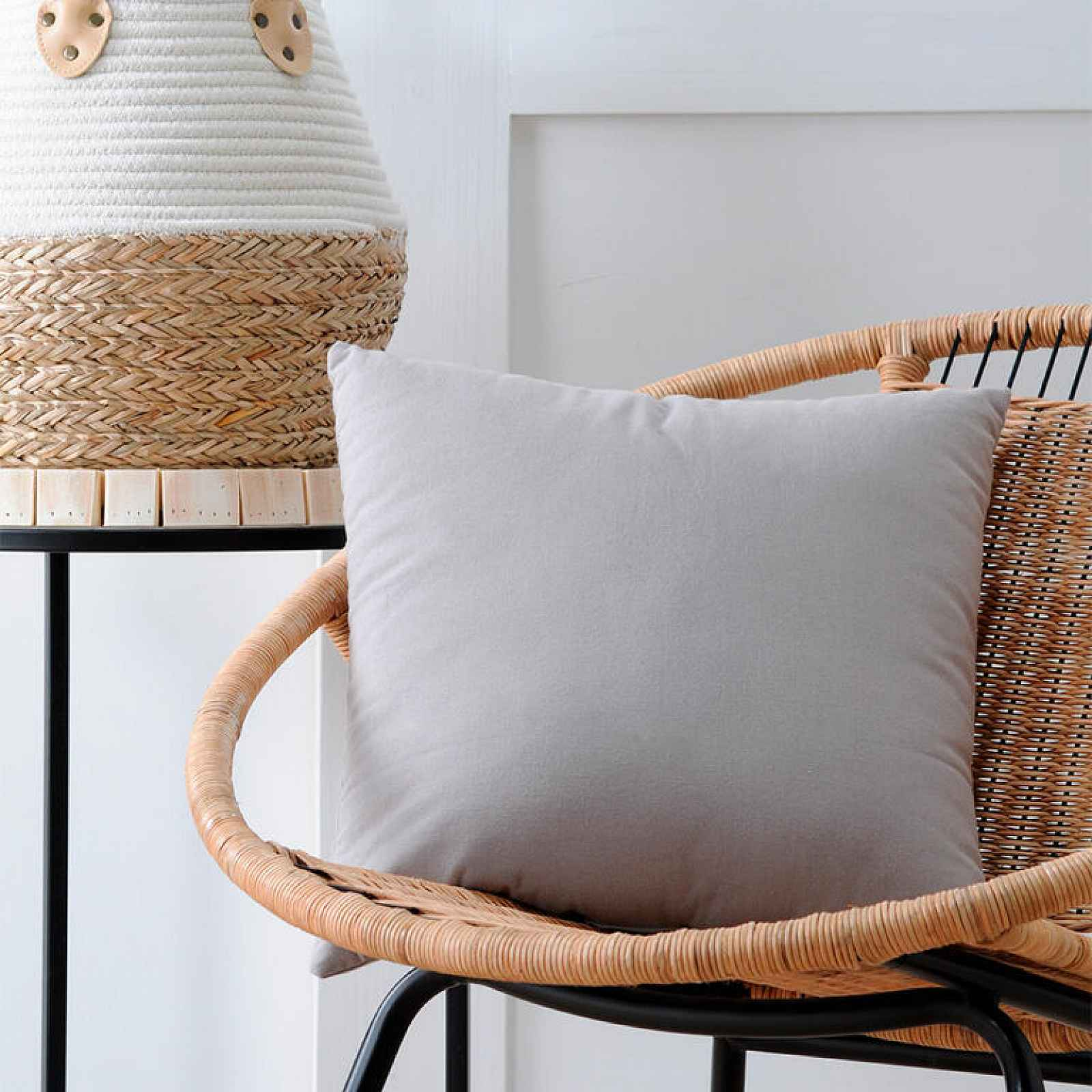 Dekorační polštářek DUO UNI šedá 40 x 40 cm