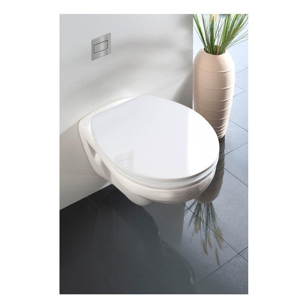 Bílé WC sedátko se snadným zavíráním Wenko Classic, 45 x 38,8 cm