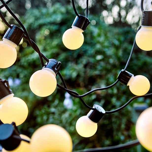 Butlers SUNSET Venkovní světelný řetěz 24 světel