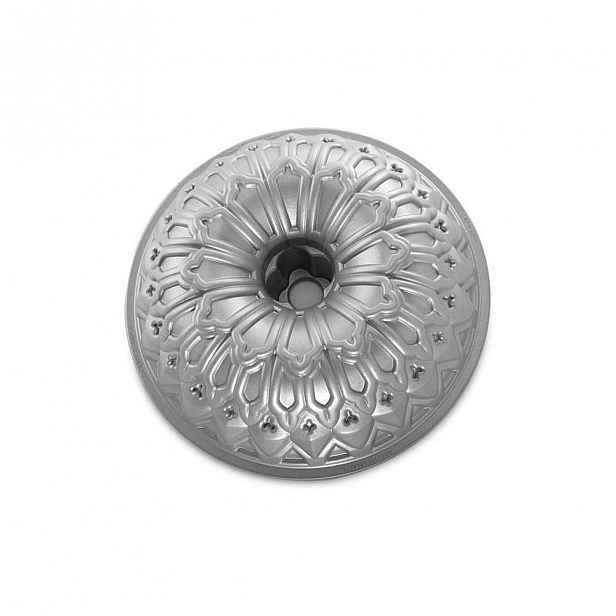 Forma na bábovku ve stříbrné barvě Nordic Ware Royal, 2,36l