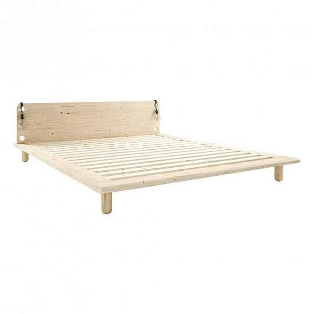 Dvoulůžková postel z masivního dřeva s lampami Karup Design Peek, 208x205cm